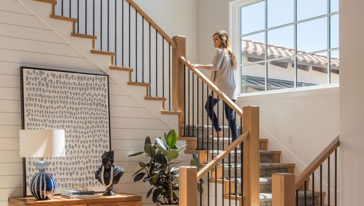 sullivan-homes-interior-stairs-cropped